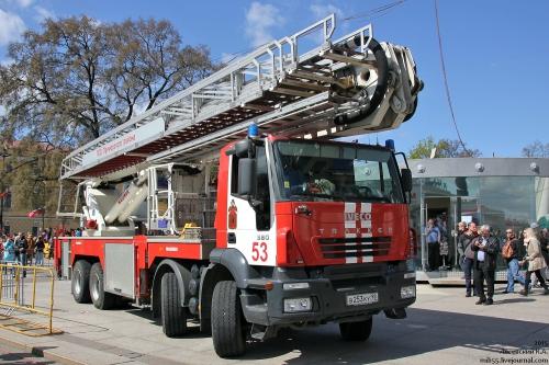 До какого этажа доходит пожарная лестница