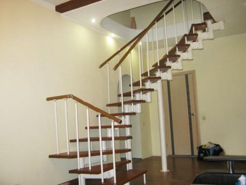 Модульная лестница в частном доме