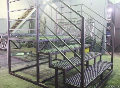просечка металлическая для лестниц