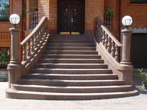 входная лестница в частный дом